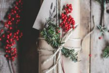 23 top your gifts with holly berries for a chic look