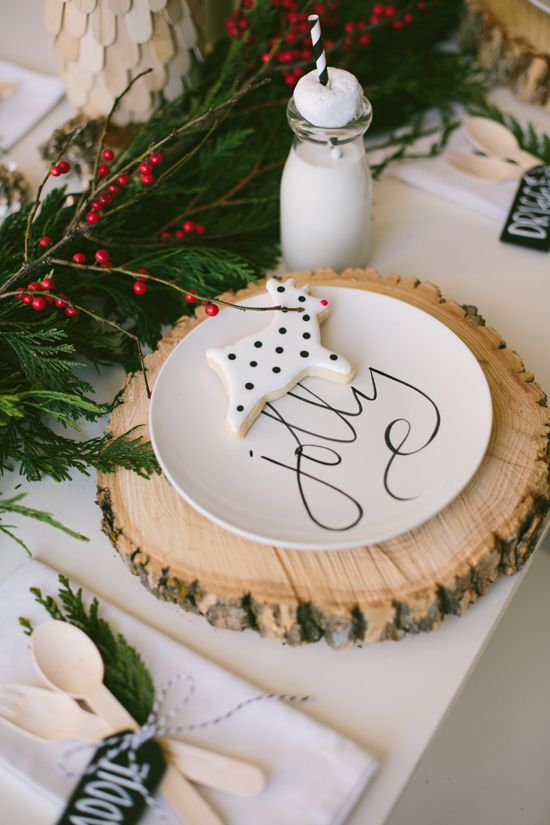 wood slices and evergreens with berries, cookies for decor