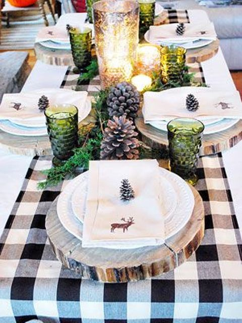 wood slices can be used as placemats and pinecones as card holders