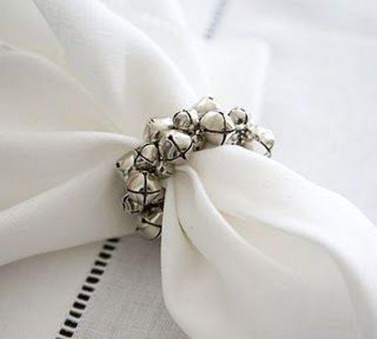 Cute christmas napkin rings to polish the table decor