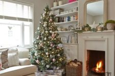 28 neutral fir tree with silver and red ornaments