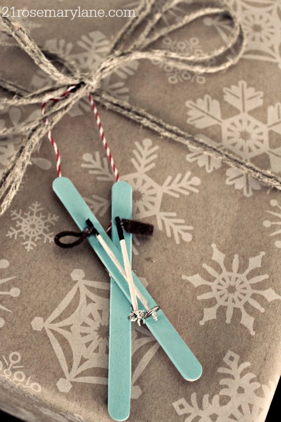 DIY mini skis and poles for decorating and playing (via www.21rosemarylane.com)