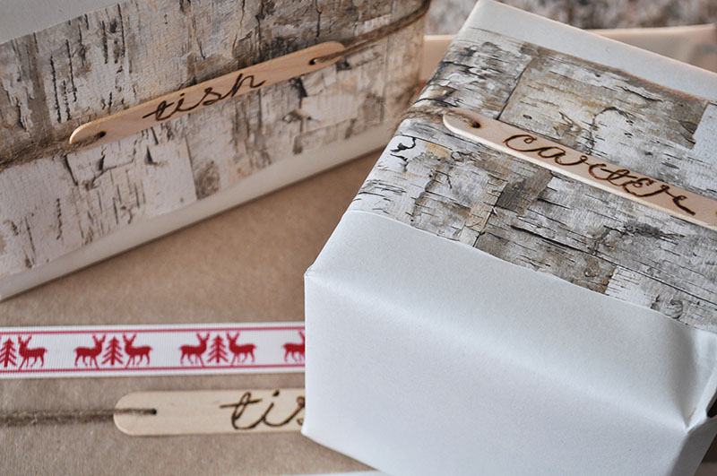 DIY Christmas gift wrapping with popsicle sticks