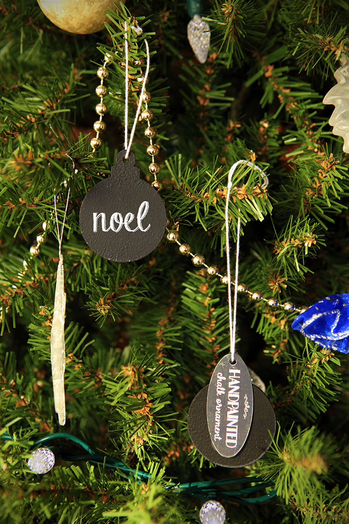 DIY holiday gift chalkboard ornament (via https:)