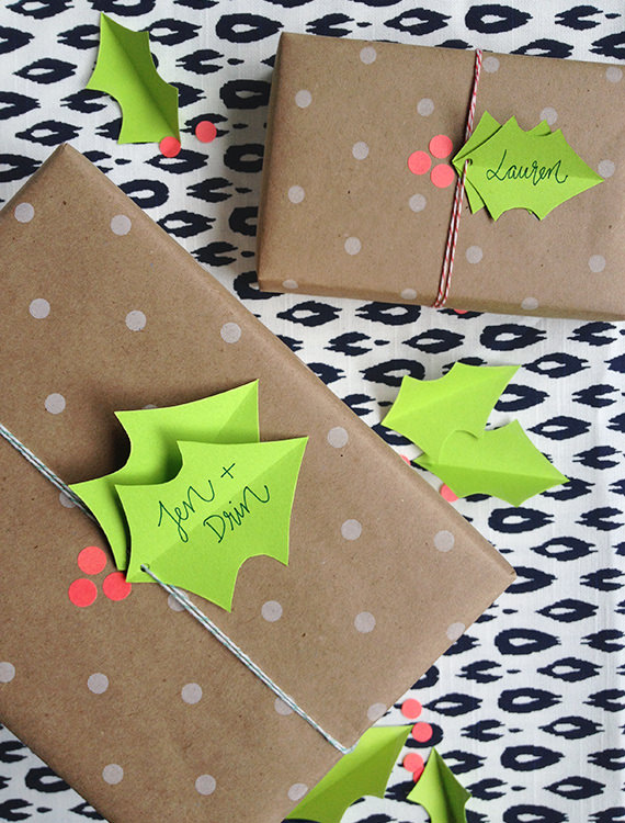 DIY holly berry gift wrapping (via little-white-whale.com)
