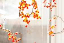 DIY mini holiday wreaths to hang