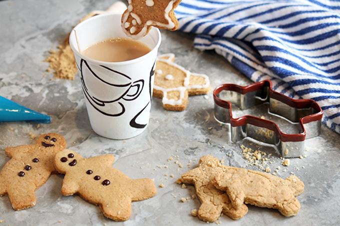 DIY low sugar gingerbread cookies (via www.raisingsugarfreekids.com)