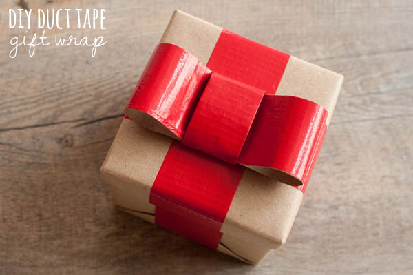 DIY duct tape Christmas bow (via www.thesweetestoccasion.com)