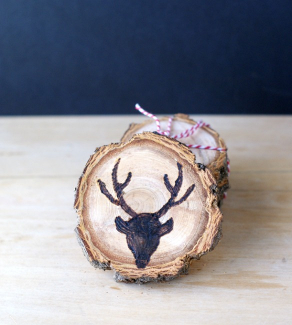 DIY rustic Christmas wood slice coasters (via cleverpinkpirate.com)