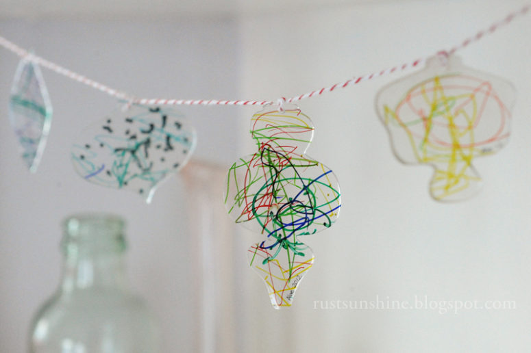 DIY vintage shrink Christmas ornaments (via www.rustandsunshine.com)