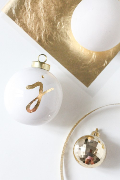 DIY monogrammed ornament gift tags (via www.shelterness.com)