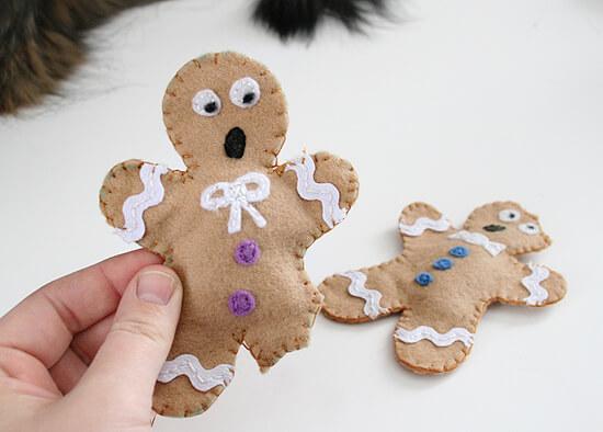DIY distressed gingerbread man cat toys