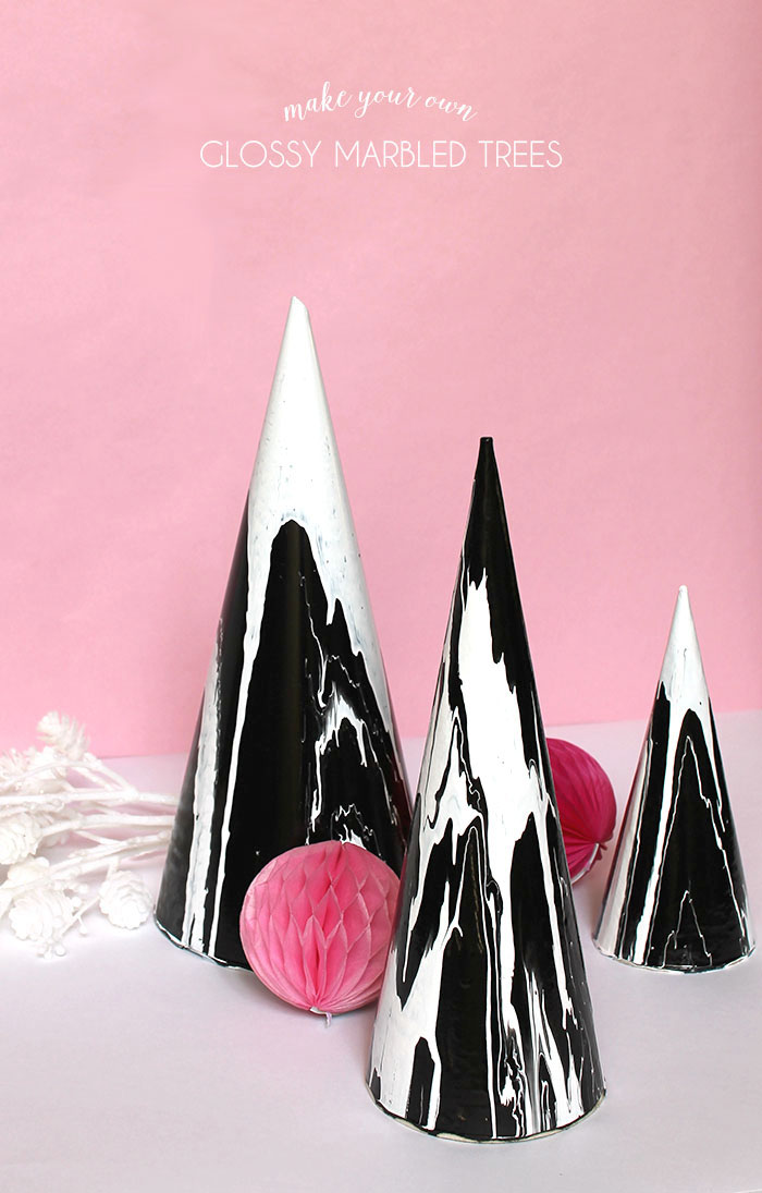 DIY glossy marble black and white tabletop Christmas trees (via persialou.com)
