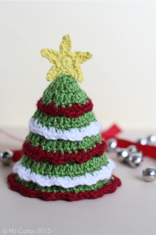 14 Diy Tabletop Christmas Trees That Excite Shelterness