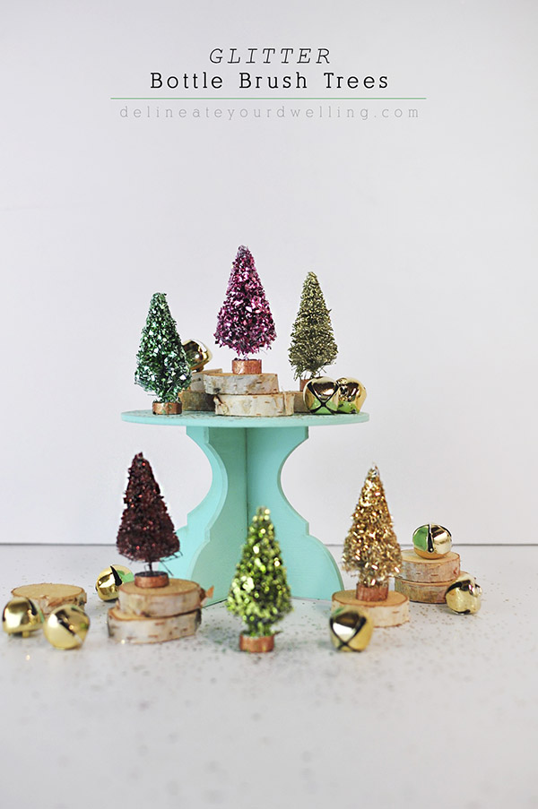 DIY glitter bottle brush Christmas trees (via www.delineateyourdwelling.com)