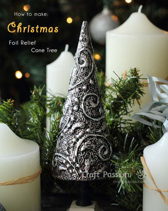 DIY foil relief Christmas tabltop trees (via www.craftpassion.com)