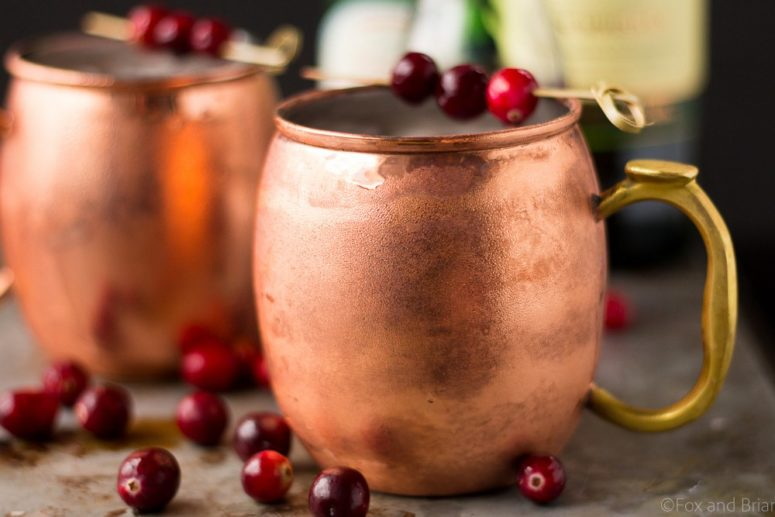 DIY cranberry Irish Mule (via www.foxandbriar.com)
