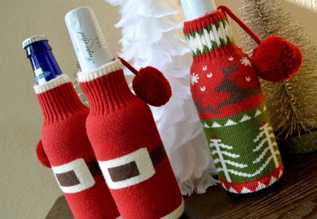 bring a bottle of wine with you to an ugly Christmas sweater party and cover them with knitted miniature sweaters in bright colors