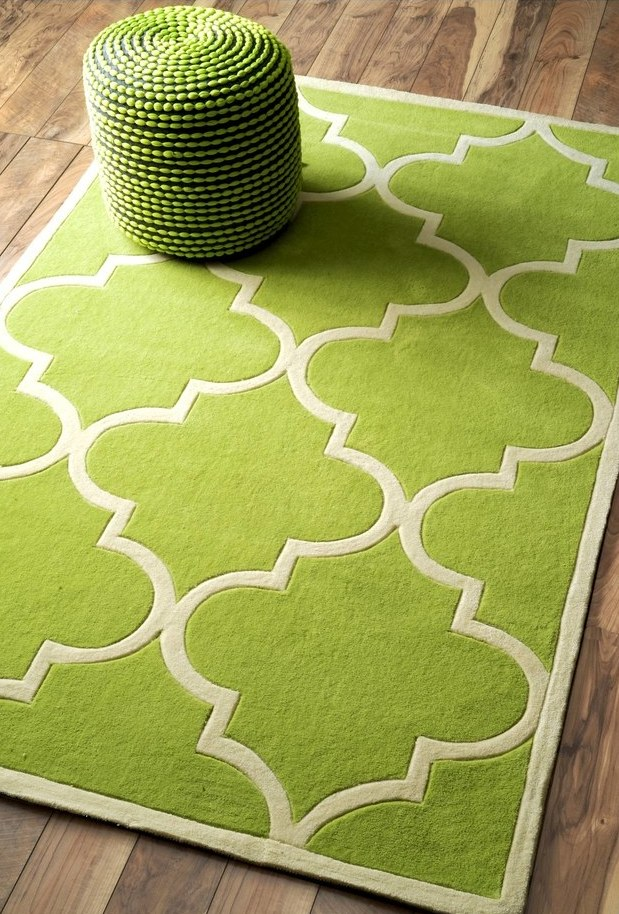 Moroccan-inspired greenry rug