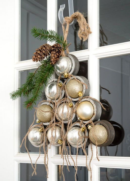 industrial Christmas tree from canning jar rims and ornaments