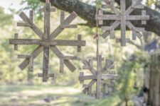 05 recycled wooden snowflakes for outdoor decor