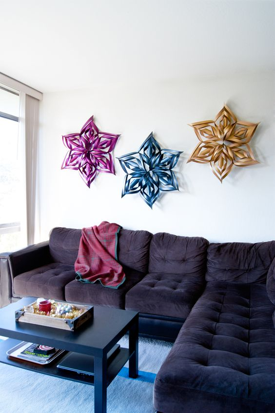 DIY 3D colorful snowflakes can be used for wall decor