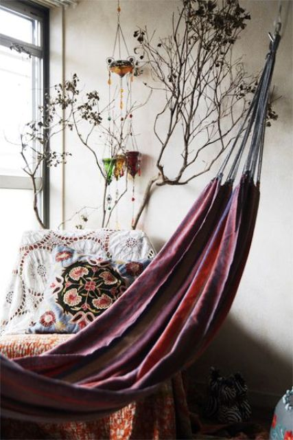 boho-chic style with Japonese touches and a corresponding pink hammock