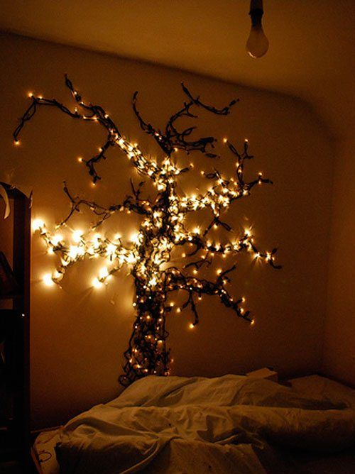 headbaord tree made of sting lights will act as an artwork and lights