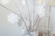 13 icy branches with white snowflakes decor
