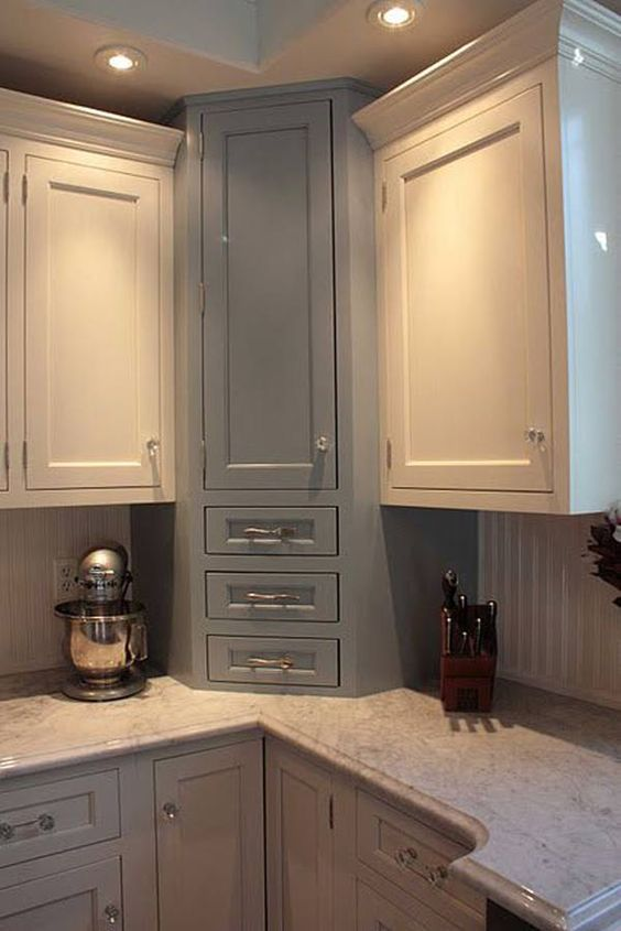 20 practical kitchen corner storage ideas shelterness for Narrow cabinet ideas
