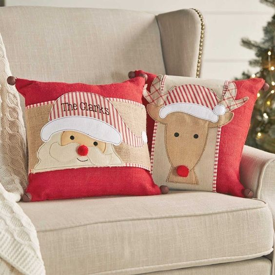 Santa and his reindeer pillows