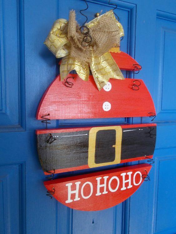 23 Funny Santa-Themed Décor Ideas For Christmas - Shelterness