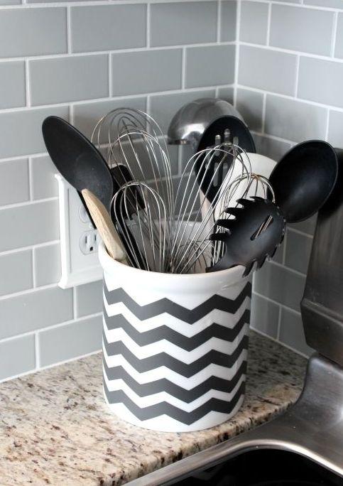 chevron black and white utensil holder