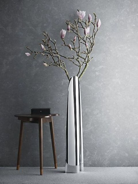 mirror floor vase with fresh blooms
