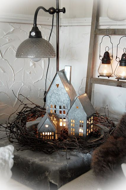 21 Whimsical Industrial Christmas D 233 Cor Ideas Shelterness