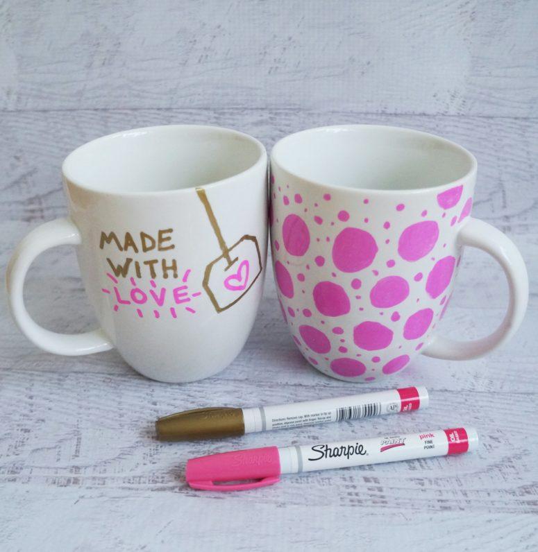DIY glam sharpie mugs in gold and pink (via www.popsugar.com)