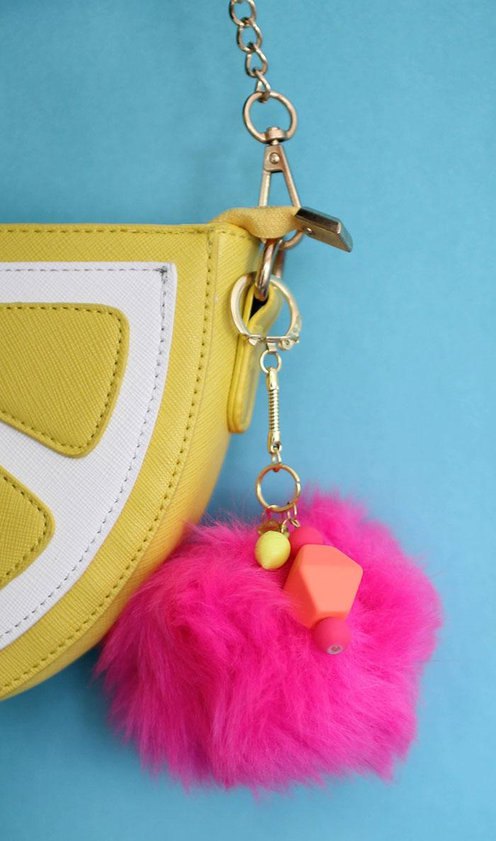 DIY giant pompom key chain (via persialou.com)