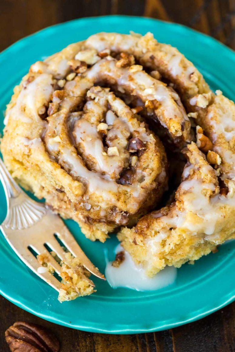 DIY biscuit cinnamon rolls (via www.wellplated.com)