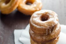 DIY glazed donuts with gingerbread spice