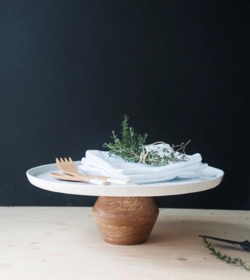 modern DIY cake stand in a minute (via www.shelterness.com)