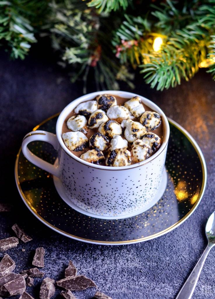 DIY dairy-free hot chocolate (via joyfoodsunshine.com)