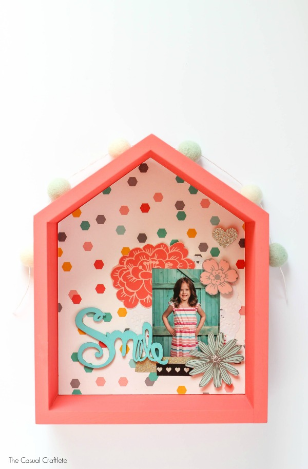 DIY school house picture shadow box (via www.thecasualcraftlete.com)