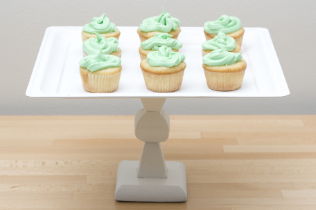 DIy simple cupcake stand using a tray (via www.shelterness.com)