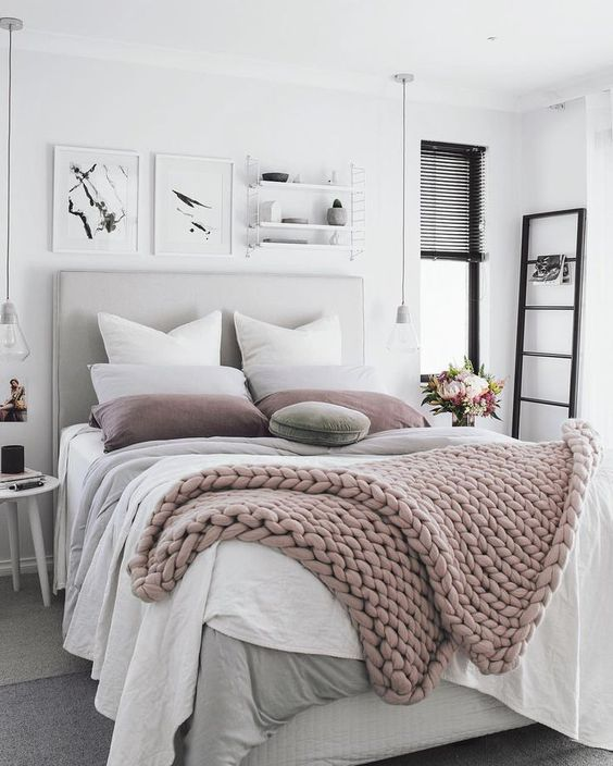 blush chunky knit blanket is what you need this winter