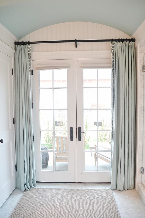 Decorating window covering for door : 3 Ways And 23 Ideas To Cover French Door Windows - Shelterness