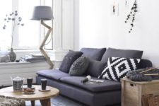 12 small sofa and light-weight furniture make this space awesome