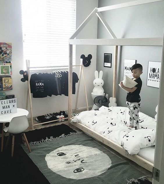 Black And White Kidu0027s Bedroom With Mickey Mouse