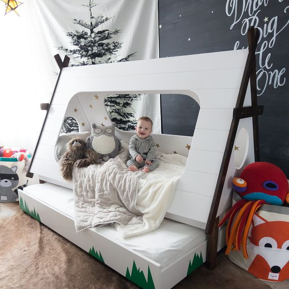 camping tent bed looks gorgeous