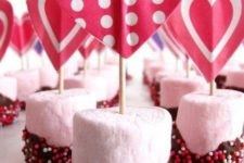 21 glazed marshmallows with heart toppers