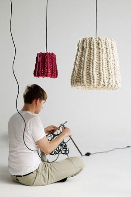 create knit lampshades to make the interior winter like